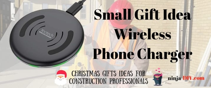 wireless phone charger that could be an awesome christmas present for colleagues and friends